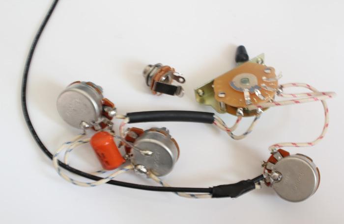 strat wiring harness alpha pots 250k quality switch orange drop capacitor strat 3. Black Bedroom Furniture Sets. Home Design Ideas