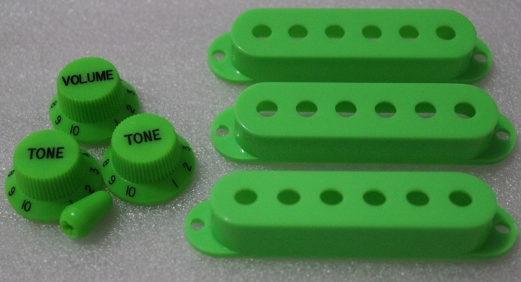 Green Strat Pickup Cover,Knobs,Tips,inch size, Fits Genuine Fender Strat
