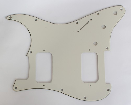 Strat HH pickguard Parchment 3 PLY for Fender body custom